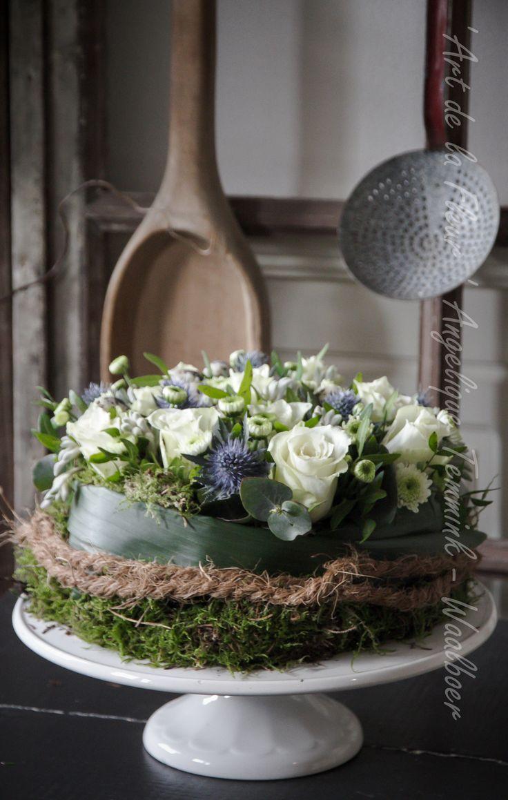""""""" Art de la Fleur """" www.artdelafleur7.nl Angelique Temmink Waalboer. Rozen , flowers , floral, Roses , Flowerpie , Sobere & Landelijke Bloemschik - Workshops , Goedereede. Holland.  2 repins"""