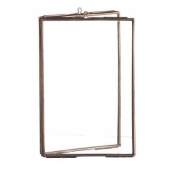 Vintage Style Copper Double Photo Frame (€14) ❤ liked on Polyvore featuring home, home decor, frames, vintage looking frames, copper home decor, antique looking frames, copper home accessories and vintage style picture frames