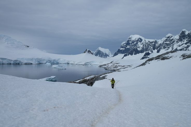 No próximo dia 28 de Fevereiro, inicia-se a Campanha Ártica Portuguesa 2016-17, que levará 9 investigadores portugueses a várias regiões do sub-Ártico e Ártico, Umiujaq e Kuujjuarapik no Canadá, Svalbard e Andenes na Noruega, Gronelândia e Islândia.  Estacampanha é realizada no âmbito do Programa Polar Português, coordenada pelo Centro de Estudos Geográficos/Instituto de Geografia e Ordenamento