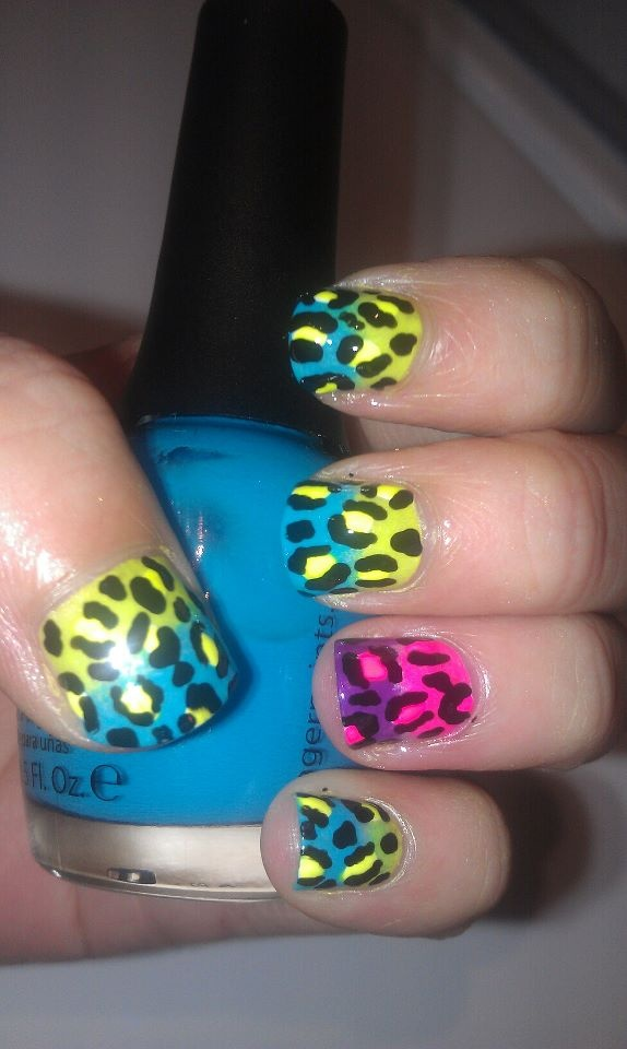{sponge neon leopard nails}: People Fashion, Glittery Polish, Swirls Shape, Polish Nails, Bold Pastel, Jewels Glitter, Classy Formal, Fashion Manicures, Leopards Nails