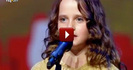Talented Little Girl Left the Judges Speechless and Gets a Standing Ovation - Music Video
