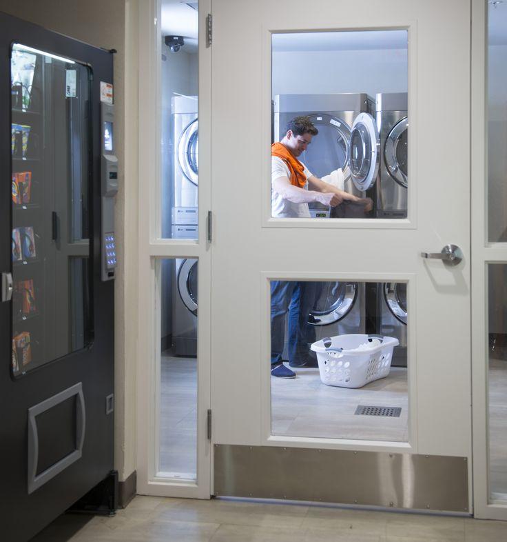 Maquinas dispensadoras de bebedidas y alimentos en Hoteles Extended Suites