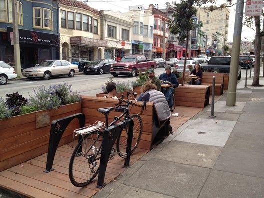 Vagas de carro se transformarão em áreas de convivência em SP,Parklet em Oakland, EUA