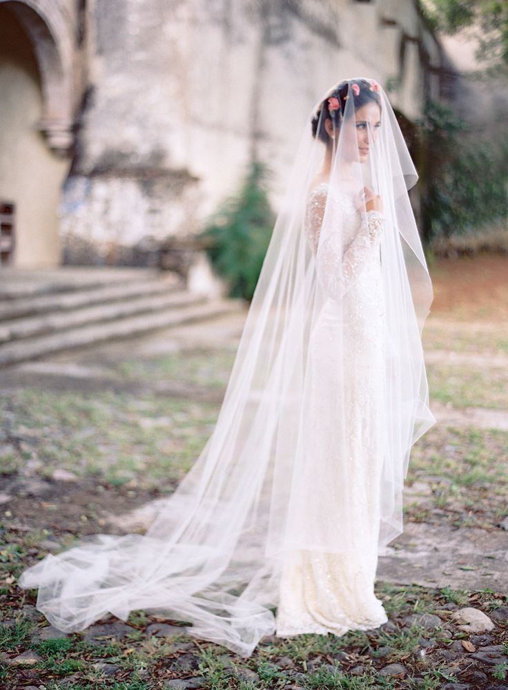 Bride -- Veil -- Wedding Gown: Mira Zwillinger -- Photography: Jose Villa Photography - josevillaphoto.com -- See more on #smp here: http://www.StyleMePretty.com/2014/04/09/wedding-day-inspiration-from-the-jose-villa-mexico-workshop/