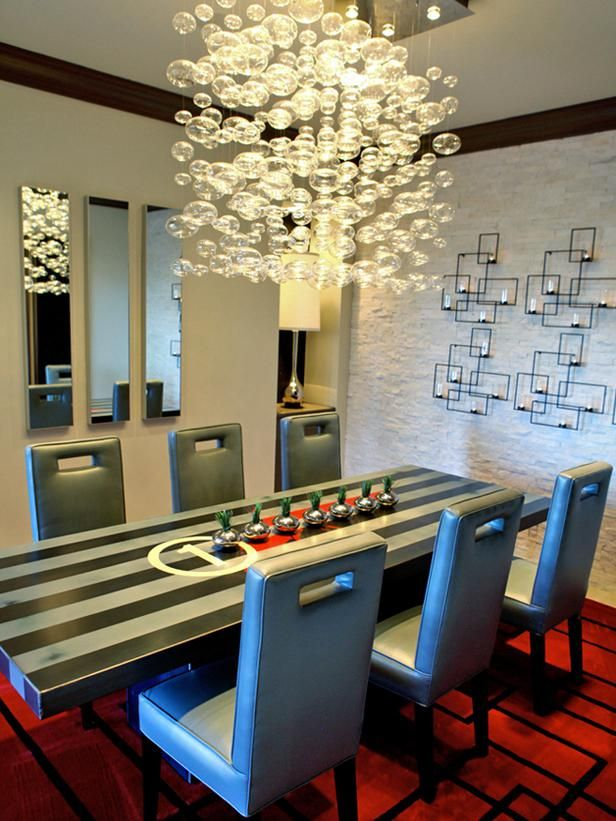 LOVE the chandelier!Dining Rooms, Lights Fixtures, Contemporary Dining Room, Dining Room Tables, Modern Dining Room, Wall Sconces, Dining Room Design, Dining Tables, Modern Design
