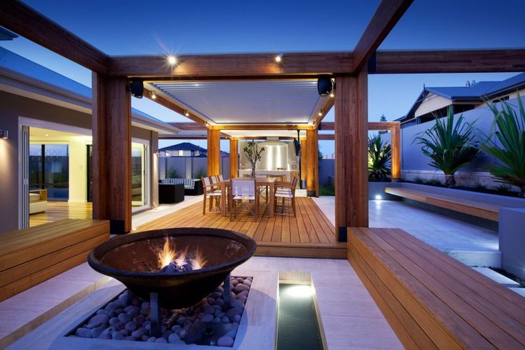 Hillarys is a landscape project located in Hillarys, a beach suburb of Perth, Australia and designed by Ritz Exterior Design.