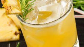 Ananásová limonáda