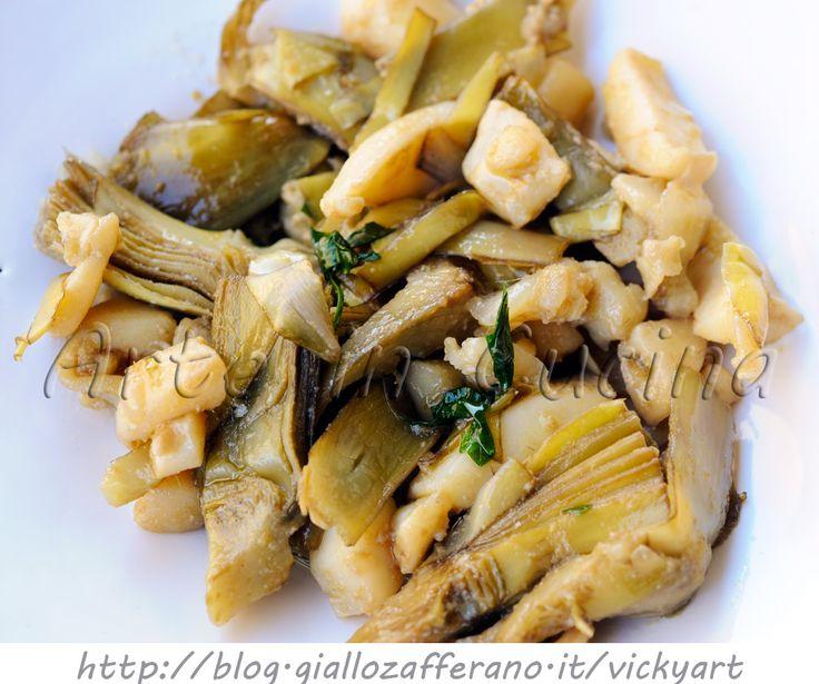 Seppie con carciofi ricetta siciliana, facile e saporita, ricetta sfiziosa di pesce, come cucinare i carciofi, secondo leggero con verdure, idea per cena, piatto unico