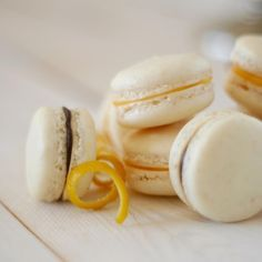 Makaroniki według przepisu z 1895 roku.  Słynne francuskie ciasteczka <3 Tradycyjny przepis na blogu http://przepisytradycyjne.pl/