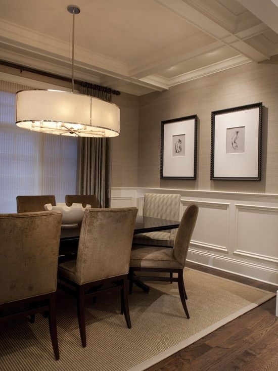 Grasscloth Wallpaper Ideas Love The Picture Frame Molding