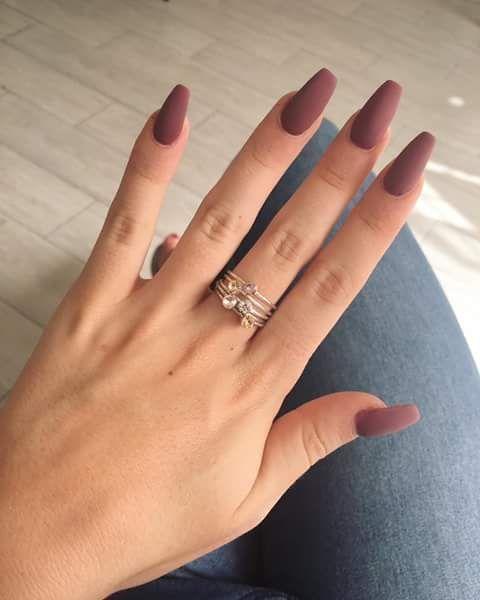 Die braunen Matte Nails-Designs sind perfekt für den Herbst! Hoffe, sie können dich inspirieren