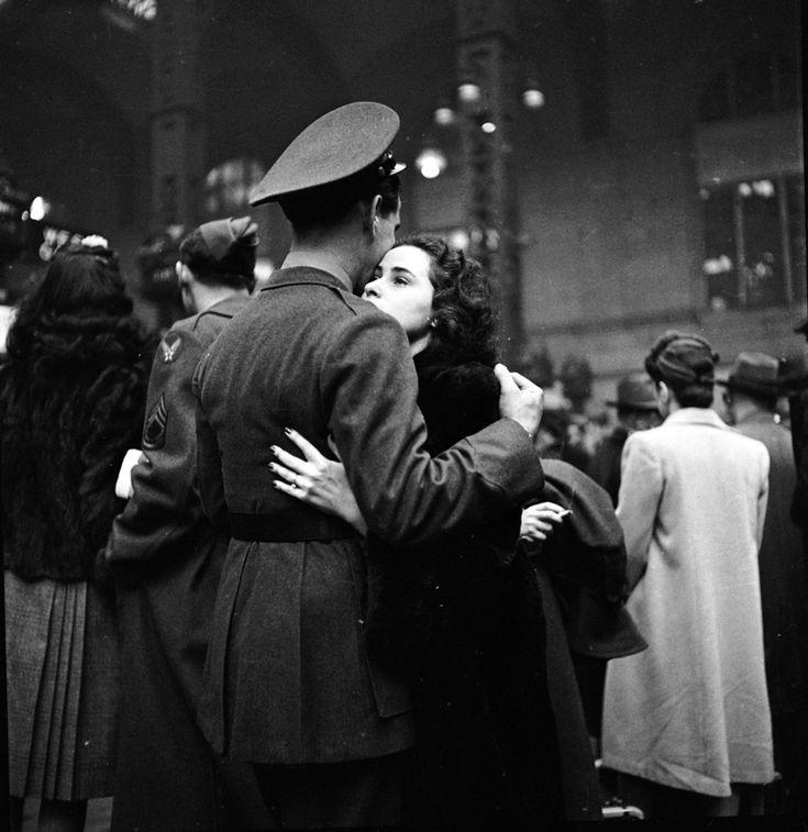 1944. New York, Penn Station, american soldier saying goodbye ~
