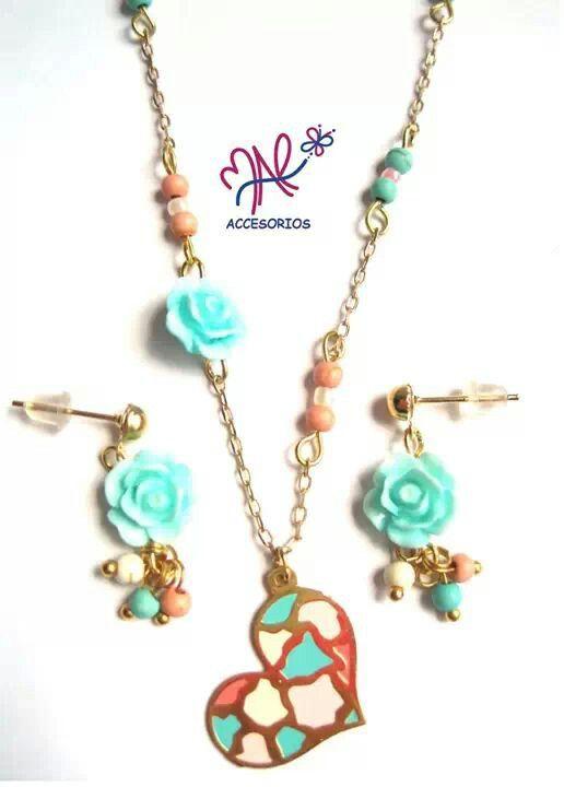Mar Accesorios ♥ collar corazón rositas oro golfield #accesorios #accessories #aretes #earrings #collares #necklaces #pulseras #bracelets #bisuteria #jewelry #colombia #moda #fashion