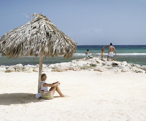 Winter Break in Montego Bay Loved by families and romantics the world over, Half Moon, A RockResort lures guests back time after time to its two-mile private beach, Fern Tree Spa, horseback riding, Dolphin Lagoon, internationally acclaimed chefs and more.   As your Virtuoso travel advisor we have rates FROM $499USD per room, per night. Available through April 11, 2014.  ☎ CALL : 03. 8573 0900   * Conditions may apply. License #31785