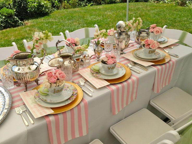 Whether you're the mother-of-the-bride or one of the bridesmaids, let Elegant Eating caterers help you put together a fun-filled and memorable bridal shower for the bride-to-be.