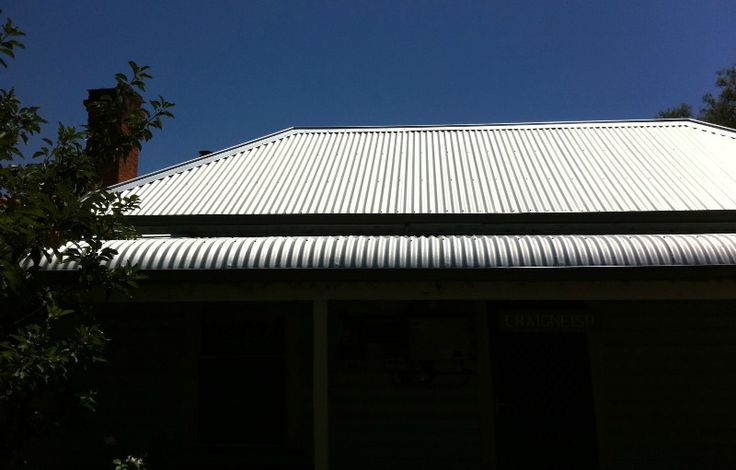 New Roof Revitalises Inverleigh Cottage True Blue Roofing PtyLtdhave had the pleasure of completing this Re-roofing project in Inverleigh, Victoria. Inverleigh is a small rural township in Victoria, Australia located 28 kilometres west from the City of Greater Geelong. True Blue Roofing were called upon to remove the existing 100 year old custom orb (corrugated...