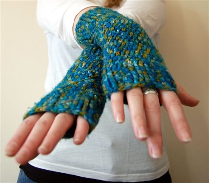 Hand/Wrist Warmers Crocheted Crochet Pinterest
