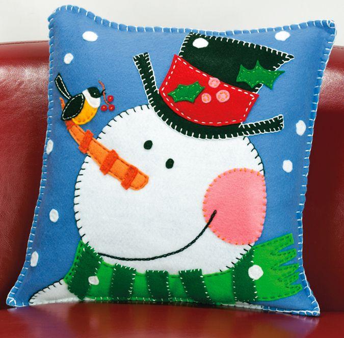 Felt Applique - Pine Cone Snowman Pillow Felt Applique Kit - 14X14