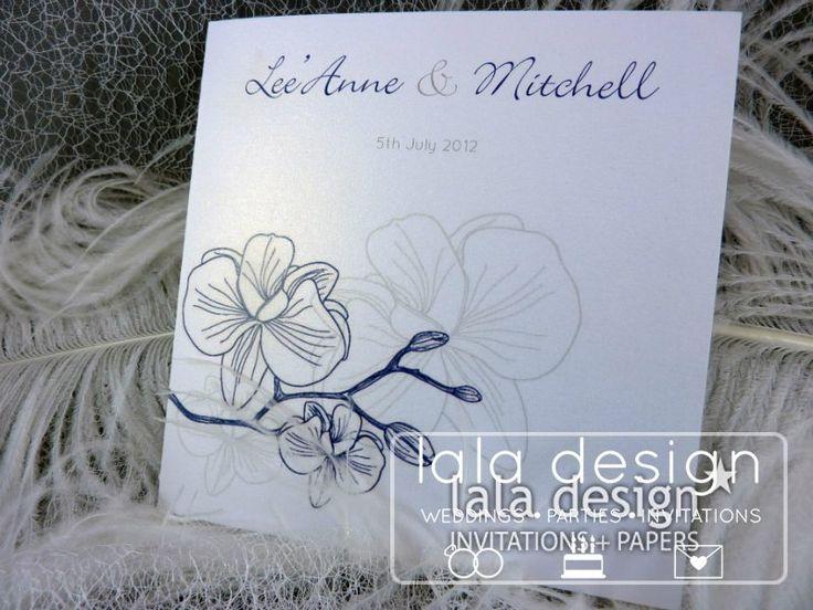 Blue flower detail graphic wedding invitation