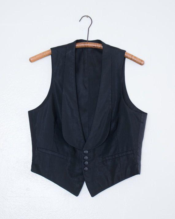 302.20 kr. antique style waistcoat  M by BabyStrangeVintage on Etsy
