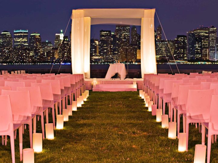 AFFORDABLE WEDDING VENUES IN NEW YORK WITH BEST GUIDE FOR BRIDAL MAKEOVER Find inexpensive affordable wedding venues in new york that has all round amenities with best deals at eVenueBooking! Book wedding venues online at your own comfort.