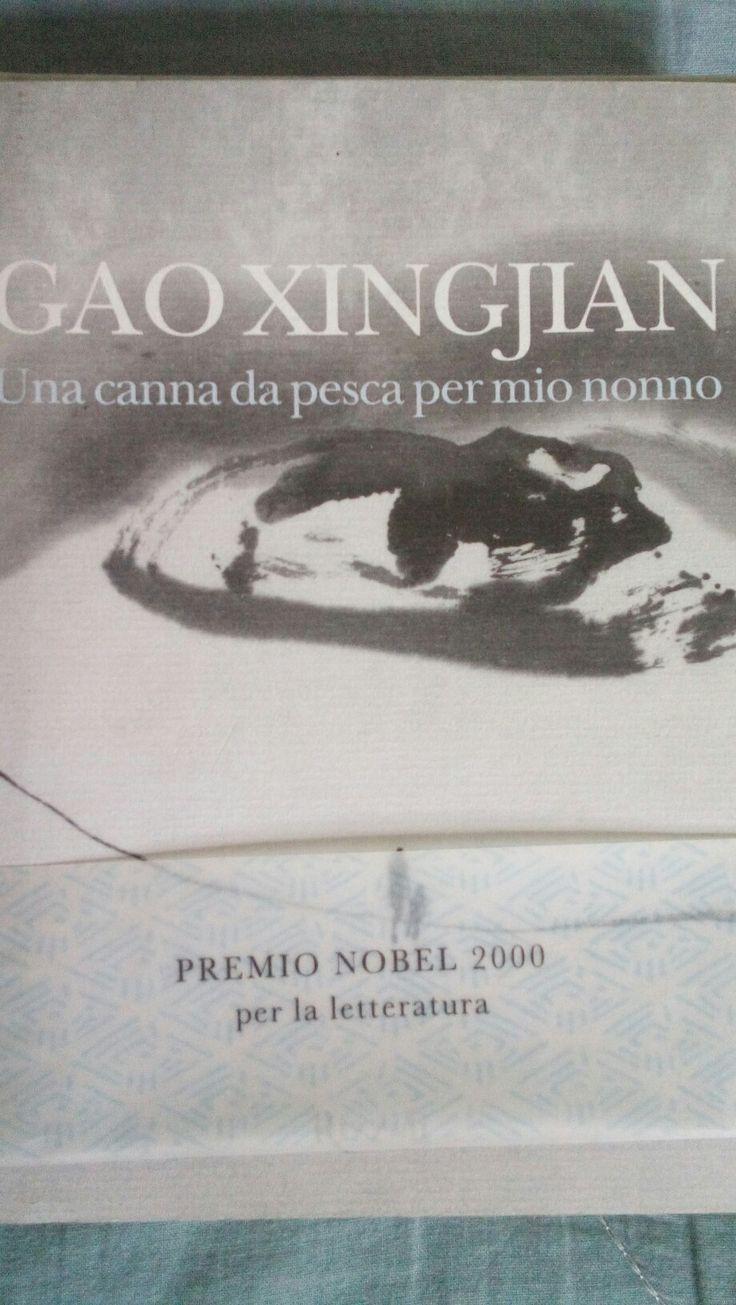 """""""Una Canna da pesca per mio nonno"""" di Gao Xinjian e' una raccolta di racconti che oscilla nello spazio dei ricordi del suo autore.Tra riflessione e  immaginazione Xingjian dialoga con il lettore evocando una Cina traumatizzata ancora dalle ferite della """"Rivoluzione Culturale"""", mettendo in scena ancora una volta la fragilita' dell' essere umano...."""