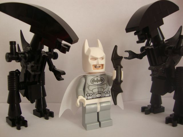 Arctic Batman vs Aliens