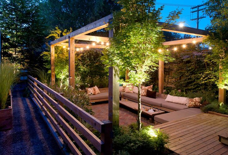 A friend's backyard. Love the arbor. It wasn't until I saw this backyard at dusk that I realized the importance of lighting