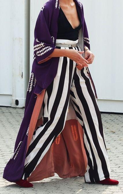 #EvaFontanelli's brilliant kimono + stripes. Milan.