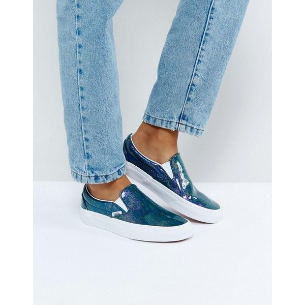 Vans Classic Slip On Sneaker (1,185 MXN) ❤ liked on Polyvore featuring shoes, sneakers, blue, blue sneakers, canvas sneakers, vans sneakers, high-top sneakers and retro sneakers