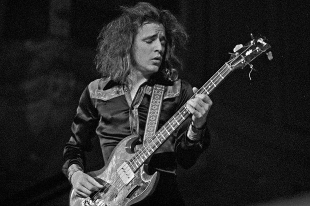 Эрик Клэптон: «Джек Брюс был моим источником вдохновения» http://muzgazeta.com/rock/201441100/erik-klepton-dzhek-bryus-byl-moim-istochnikom-vdoxnoveniya.html