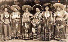 Fotos De China Poblana | La China Poblana! on Pinterest | China, Mexican Hat and Mexicans