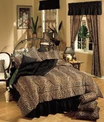 Nothing more sexy and chic in your bedroom than a leopard print bedspread!!