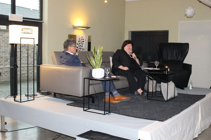 JORI on set! Our Shiva sofa and Rapsody reclining chair featured in 'With Maggie De Block on the sofa'. (organised by business club 1001 of Callant Tongeren and Kiwanis Tongeren Ambiorix.)