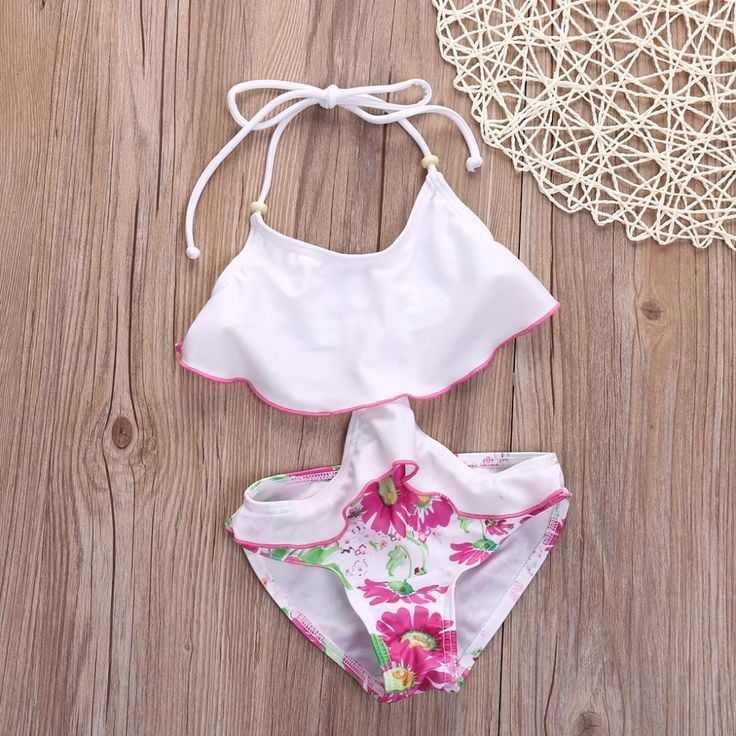 Available in size 3Y ✨ This floral monokini is one of our favorite swimsuits for summer ✨ $16 – Sizes 2Y, 3Y, 4Y, 5Y, 6Y, & 7Y.  Please DM for availability. $1 shipping to anywhere in the US. #littlemissbossy #littlemissbossyboutique #childrensboutique #miamichildrensboutique #childrensclothing #childrensclothes #fashion #fashionistas #miamichildrensclothing #babyclothes #kidsclothes #girlsclothes #childrensfashion #babiesofinstagram #miami #miamishopping #miamichildrensfashion