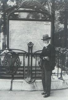 Fulgence Marie Auguste Bienvenüe, né le 27 janvier 1852 à Uzel (Côtes-d'Armor) et mort le 3 août 1936 à Paris, fut un ingénieur en chef des Ponts et Chaussées et père du métro de Paris