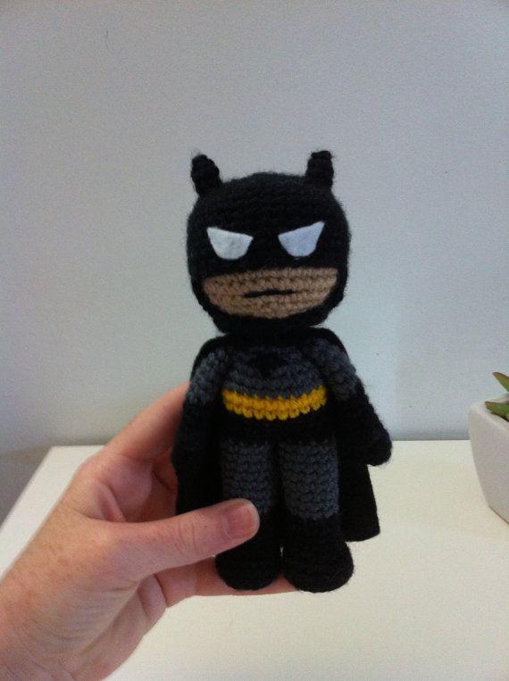 Batman Amigurumi Patron Espanol : 18 best images about Crocheting on Pinterest Amigurumi ...