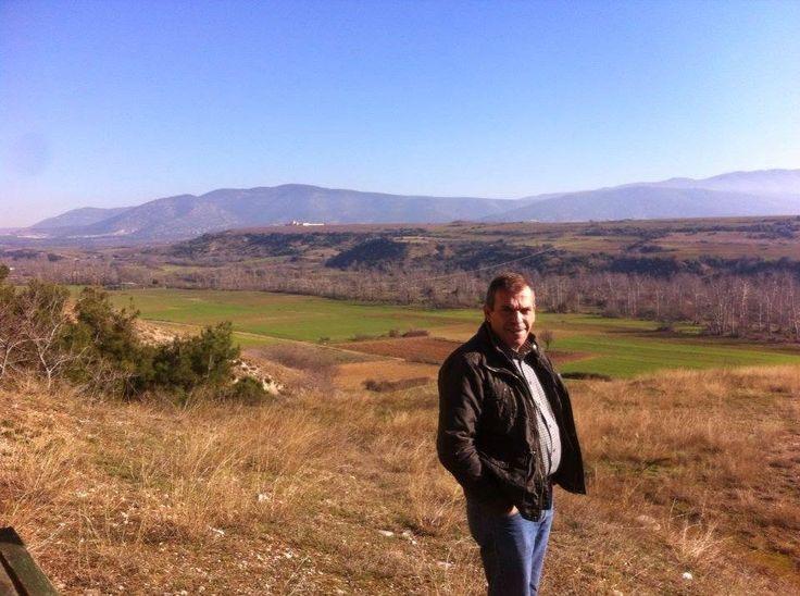 Κι όμως! Μετά από 6 χρόνια κρίσης, τα μόνα που μας κρατάνε πίσω φαίνεται να είναι ΑΠΟΚΛΕΙΣΤΙΚΑ προβλήματα νοοτροπίας. Ο Τάσος Καρκατζέλης δείχνει τον δρόμο στην ελληνική αγροτική παραγωγή.