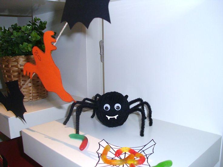 DIY para Halloween en dos minutos: Una araña divertida