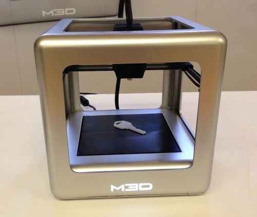 Small smooth new 3D printer