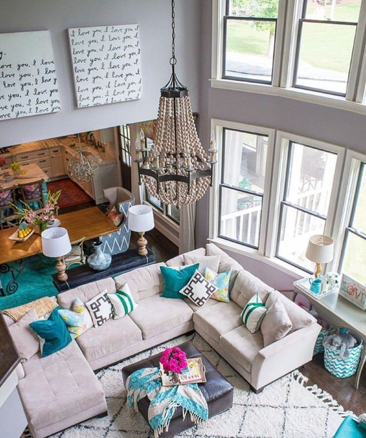 pop of color living room