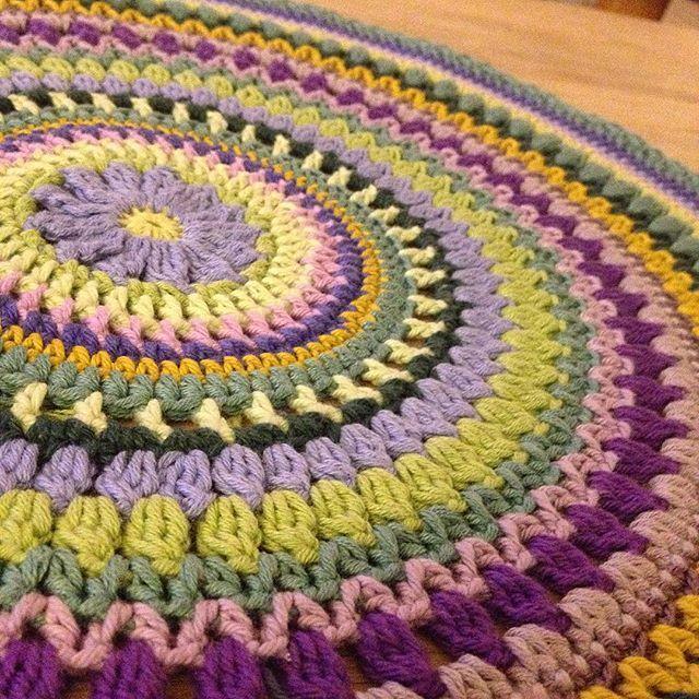 Because Mandalas are soooo pretty!! #52weeksofmandalas #bymamidk #acrochetjourney #crochet #crochetlove #crochetaddict #crochetersofinstagram #craftastherapy #mandala #mandalas #mandalamaking #crochetmandala #happinessintheround #hækle #hæklet #hæklenørd #hækletmandala #doily #crochetdoily #doilies #hekla #hekle  #hekleglede #virkat #ganchillo #croche #itmakesmehappy #4 #mandalaart #theviolamandala