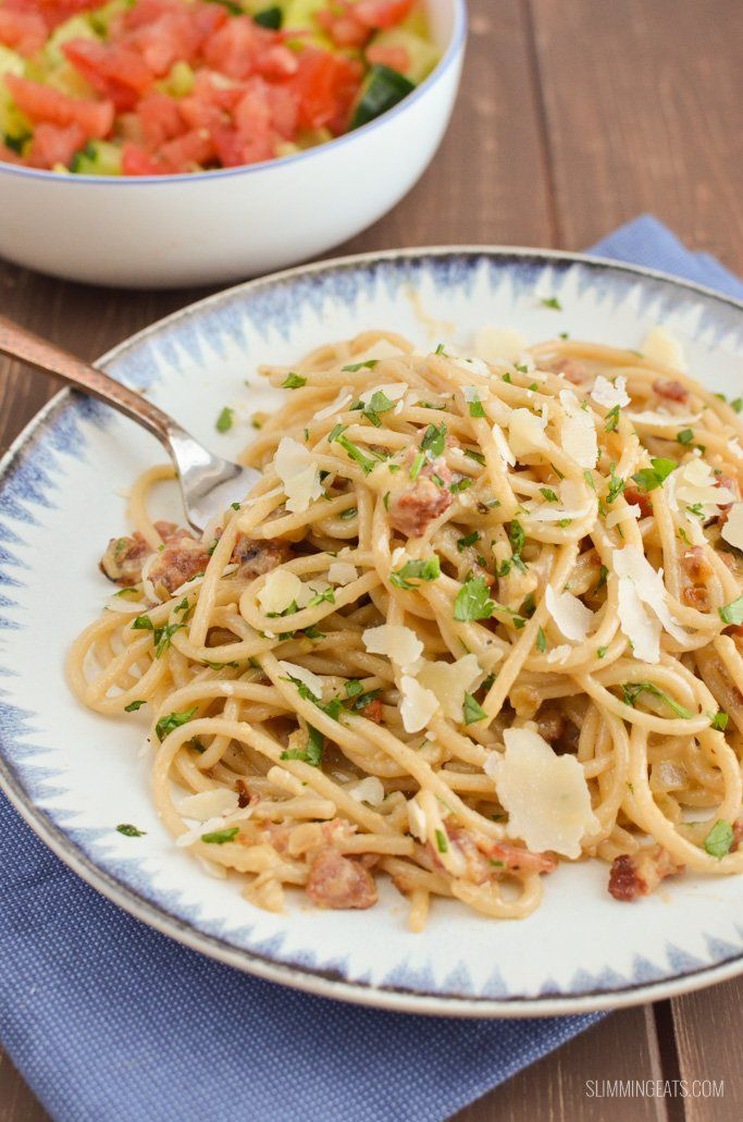 Syn free spaghetti carbonara - the best Slimming World version ever. Deliciously creamy and packed with flavour. Make me right now!!