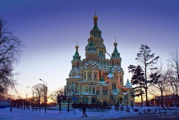 Собор Петра и Павла - красивейший храм в Петергофе. - Путешествуем вместе
