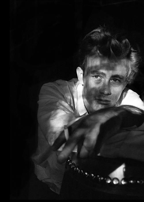James Dean photographed by Sanford Roth. 1955James Of Arci, James Dean3, Dean Photographers, Dean O'Gorman, Actor, Classic Hollywood, Beautiful People, Sanford Roth, Jamesdean