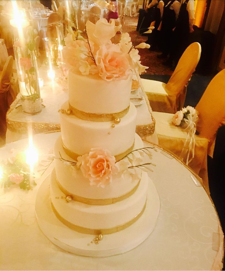 Wedding cake with hand made flowers