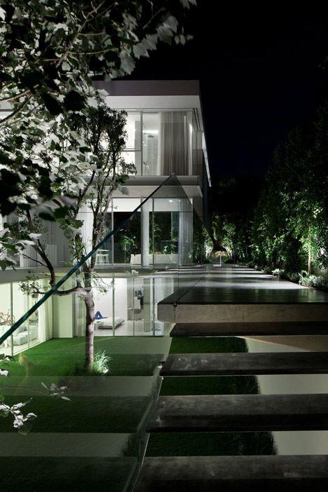 amazing residential landscaping: Barak House by Pitsou Kedem - http://www.dezeen.com/2013/08/24/barak-house-by-pitsou-kedem/