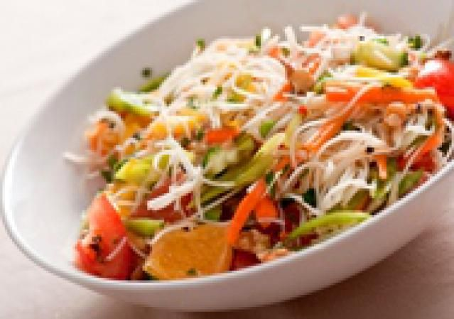 Thai Rice Noodle Salad with Chili-Lime Vinaigrette: Fresh & Delicious Thai Rice Noodle Salad!