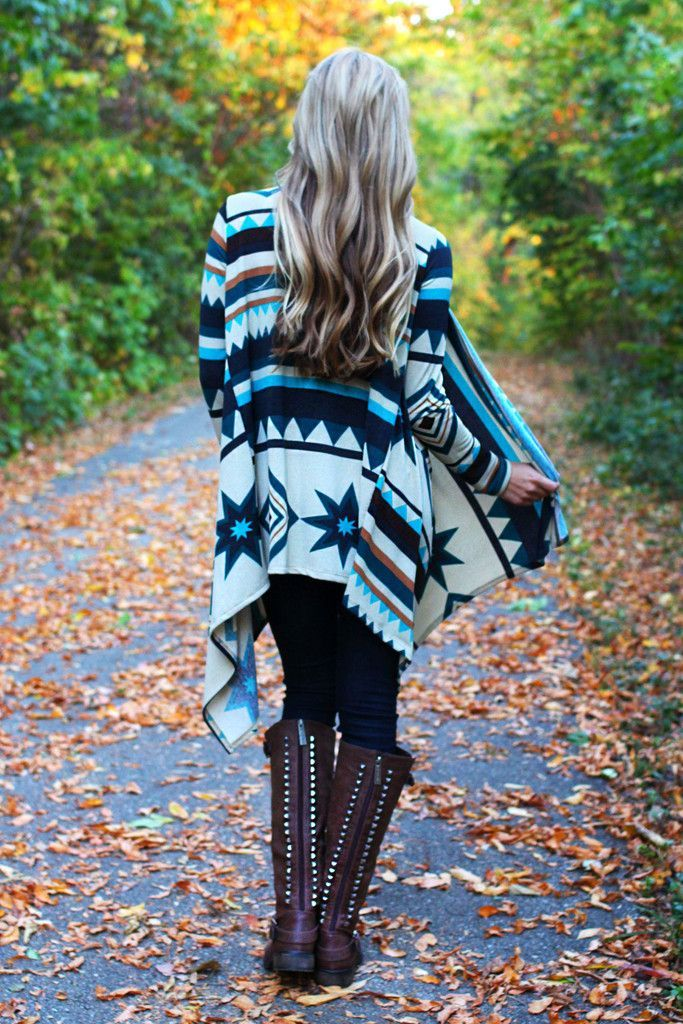 Aztec Tribal Cardigan. Love love LOVE this. Aztec & abstract patterns such as this are my absolute favorite.