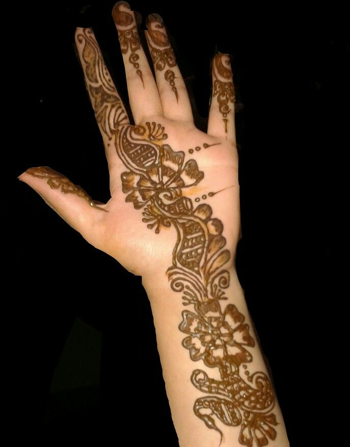 Easy n beautiful mehndi design